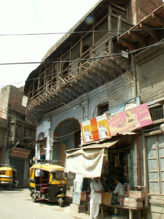 inde-097